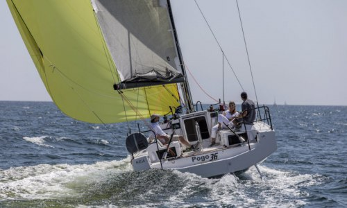 https://www.alternative-sailing.com/upload_files/photos_medium/pogo-36-005-800x480.jpg