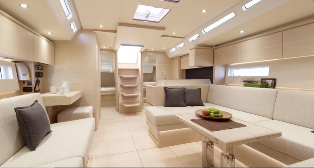 Solaris 50 intérieur |