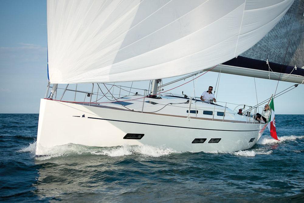 iy-1398-sail-giu-012-01-687-edit.jpg