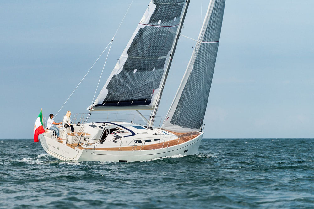 iy-1398-sail-giu-012-01-876.jpg